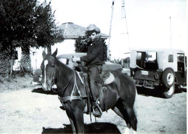 cowboys and cattlemen essay Cowboys are an american legend, but despite ubiquity in history and popular  culture, misperceptions abound technically, a cowboy worked with cattle, as a.