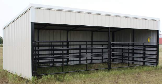Mobile Cattle Shelter : Pre fabricated buildings offer ranchers quick options for