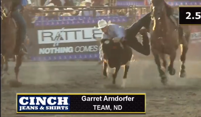 North Dakota's Garrett Arndorfer throws his steer in 6.85 seconds. Screenshot from official Cinch coverage